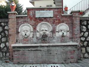 La ciociaria storia cultura tradizione for Fontane antiche